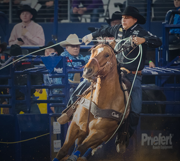 PRCA World Champion Team Roper, Erich Rogers, competing at the 2018 American Rodeo using a Classic Rope.